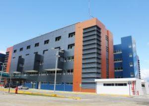 Hospital del Trauma - Van der Laat y Jimenez